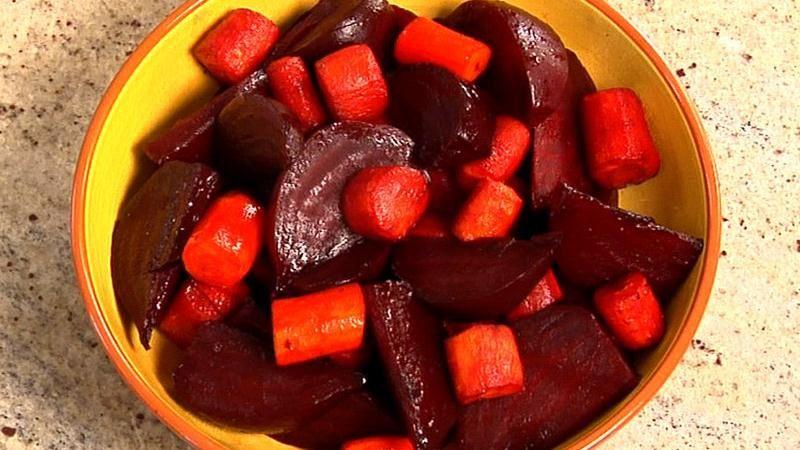 Honey Glazed Balsamic Beets and Carrots